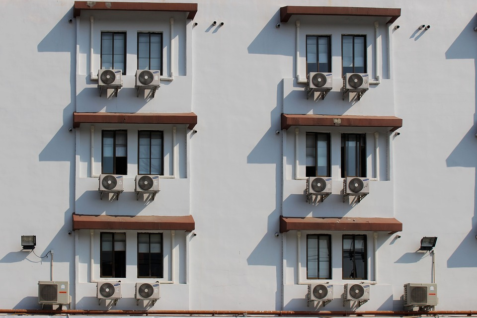 Air Conditioner Saving Tips That Will Keep You Cool Without Breaking the Bank
